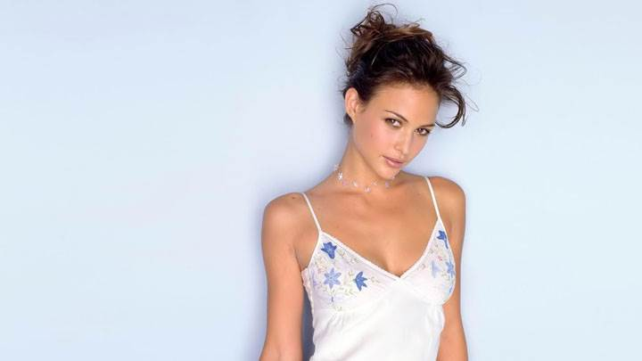 Josie Maran In White Nighty Looking Front Pose